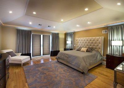 chambre-coucher-peinture-murale-couleur-blanc-marron-nuace-ocre